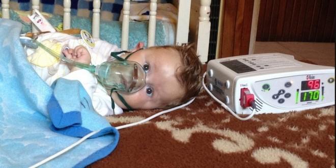 Očajni roditelji mole pomoć za teško bolesnog sina